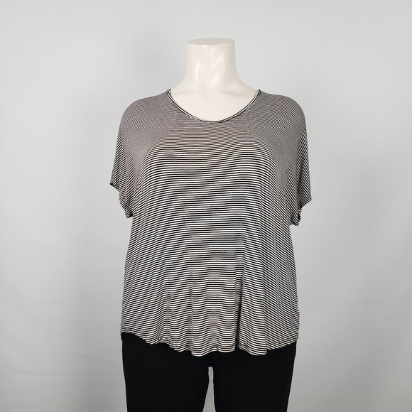 Maurices Black & White Striped Top Size 3X